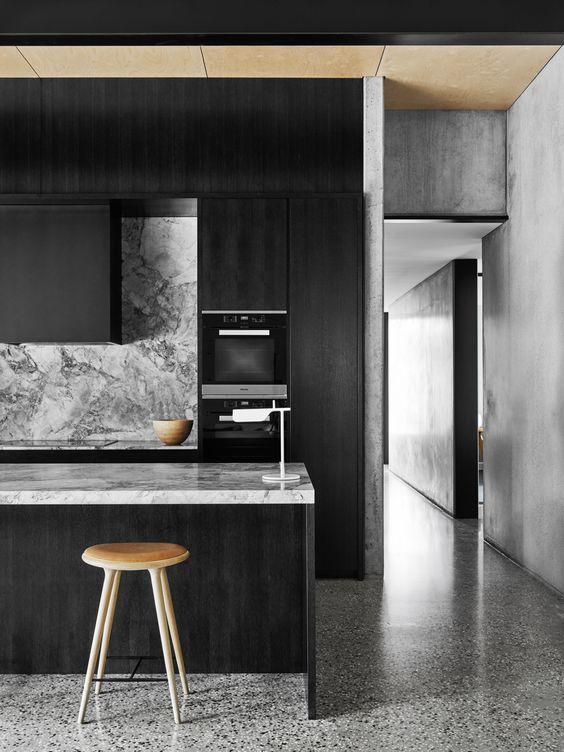 Polzella-Espace-marbrerie-plan_de_travail_cuisine-marbre-anthracite